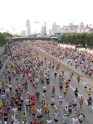 300px-2007_Chicago_Marathon_Masses
